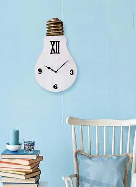Give an Antique touch with artistic WALL Clock Collection